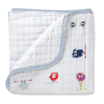 Make your baby's sleep sweeter with the Dream Blanket in % cotton muslin by aden + anais. Your little one will love being wrapped up in the plush softness and cozy warmth of this blanket.