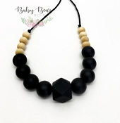 *Baby Bear Design Adrina Natural Wood Necklace