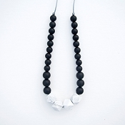 *Loulou Lollipop Geo Marble Black Silicone Teething Necklace