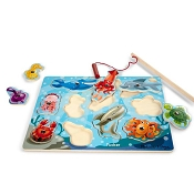 *Melissa & Doug Fishing Magnetic Puzzle Game