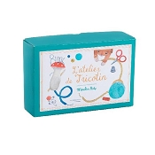 *Moulin Roty French Knitting Kit