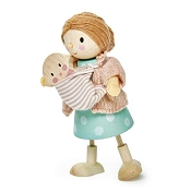 *Tender Leaf Toys Mrs. Goodwood and the Baby Wooden Doll Set