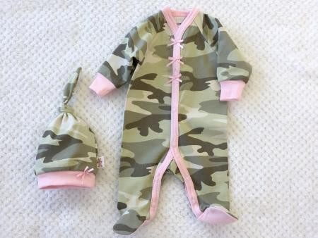 Itty Bitty Baby Camo Footie & Knottop - Pink (Size Preemie) *CLEARANCE*